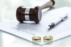 Luật Hôn nhân gia đình quy định về phân chia tài sản khi ly hôn